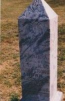 Headstone_Armstrong_Tennie